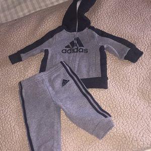 Baby adidas sweat set